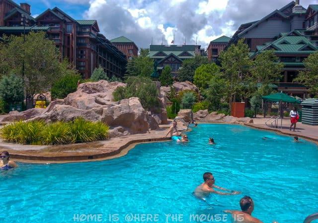 Kid Review | Silver Creek Springs Pool at Disney's Wilderness Lodge
